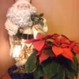 サンタクロースとポインセチア